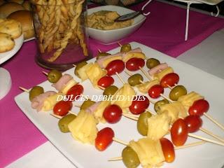 Dulces debilidades,Catering de mesas dulces Ambientadas: ESTRENAMOS LA PRIMER MESA SALADA QUE PODÉS COMBINAR CON LA MESA DULCE!!