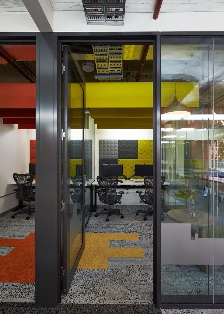 Bold colours as a design statement | BuzziSpace