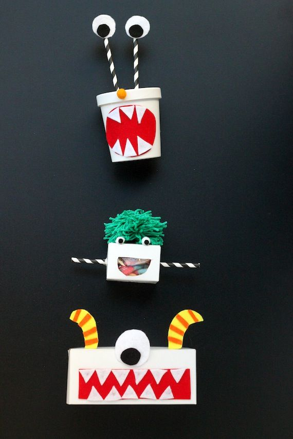 monster favor boxes - Scary Halloween Crafts