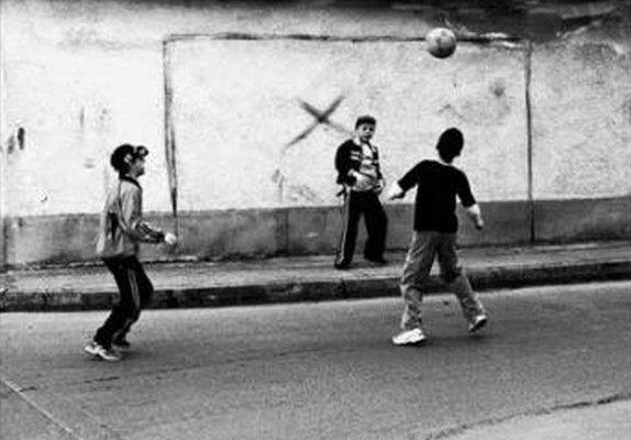 Το ποδόσφαιρο των παιδικών μας χρόνων...