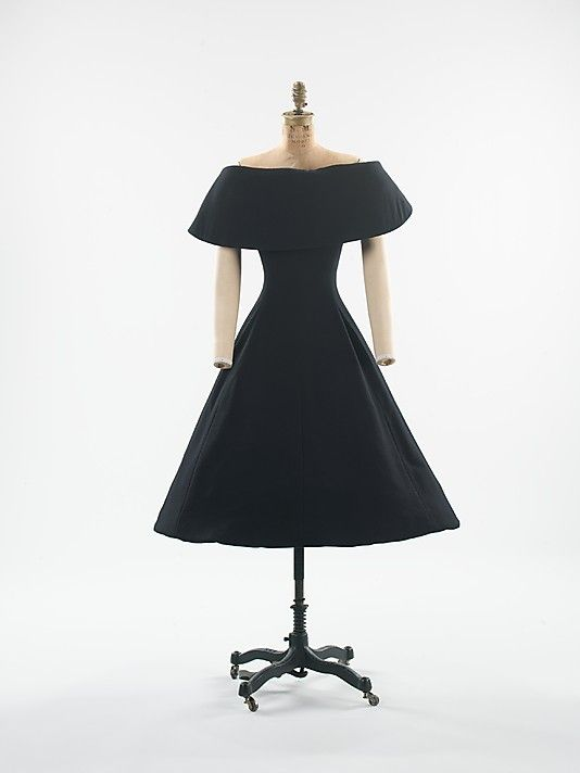 Christian Dior, 1956 - I would wear this every day.