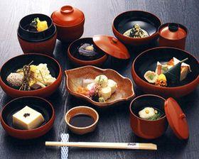 日本料理「本膳料理・懐石料理・会席料理」の違いってなに? - NAVER まとめ