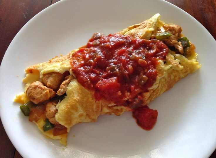 Chicken Fajita Omelette. It's like the one at IHOP, but healthier and less than half the calories!