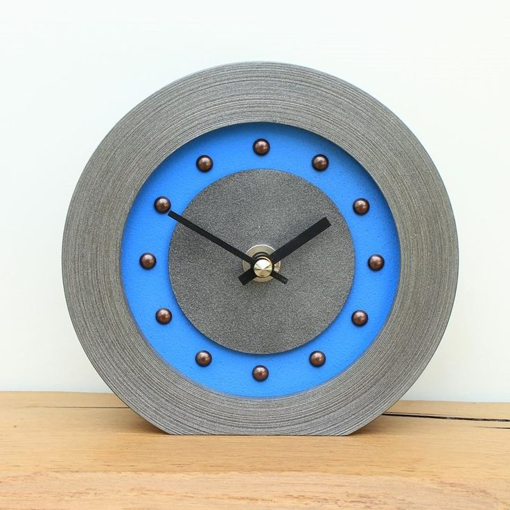light blue mantel clock with antique studs and hands - Mantel Der Ideen Mit Uhr Verziert