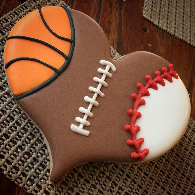 25 Best Ideas About Basketball Decorations On Pinterest: Best 25+ Decorated Cookies Ideas On Pinterest