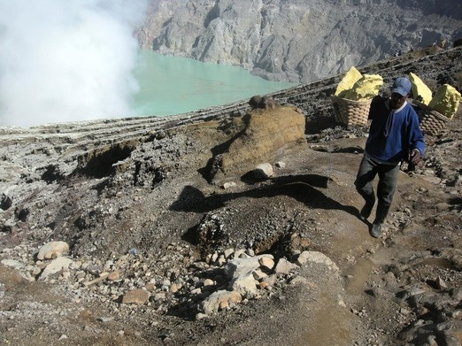 The Ijen crater boasts a magnificent crater lake, which is over 182 meters deep and has 32 million cubic meters of beaut...