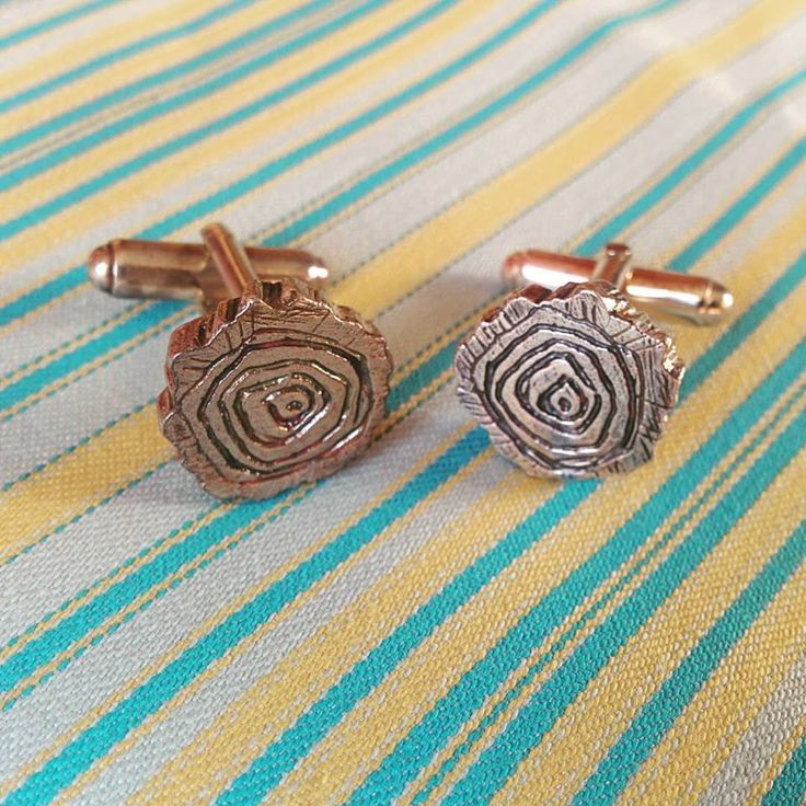 Growth ring log slice cufflinks are perfect for city slicking nature lovers.  These beautiful log slices are hand carved in wax and cast in sterling silver.The grooves are darkened with a patina for added contrast.