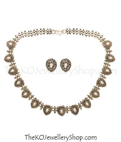 #HandcraftedSilverNecklace #925SterlingSilverNecklace #antiquesilverjewellery #LightweightSilverNecklace #Women'sSilverNecklace