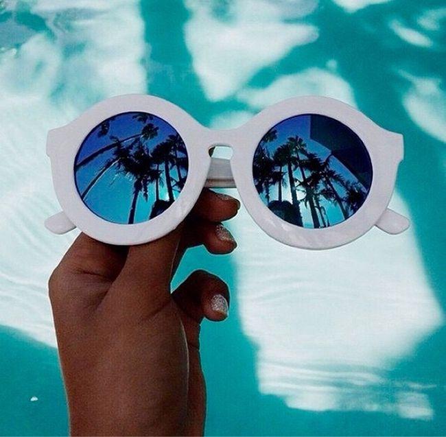 Essentials For A Magical Tropical Getaway @galadarling