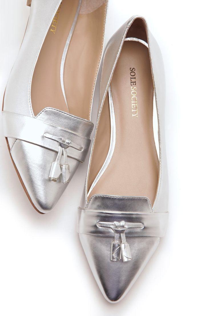 Donde carrizo venden estos zapatos??????