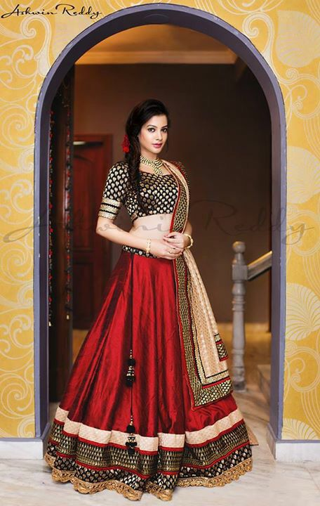 Red and black lehenga. #IndianFashion bride - loved & pinned by www.omved.com