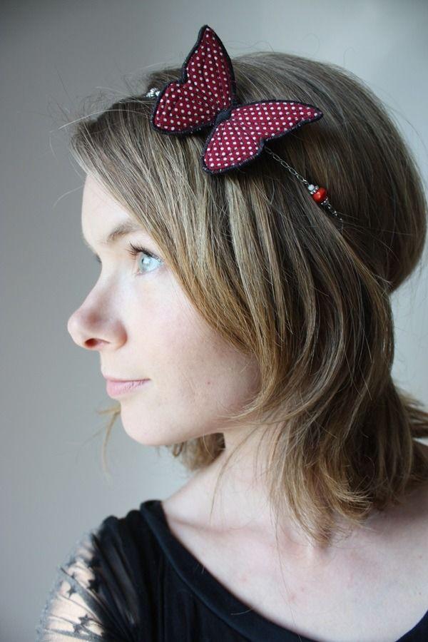 Bijou rétro, headband ou collier papillon rouge à pois blancs : Collier par adele