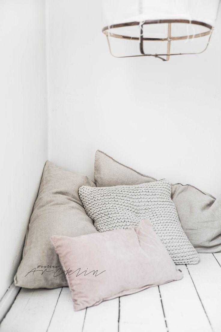 © Paulina Arcklin | Blog post: A TIRE SWING FOR A LITTLE GIRL