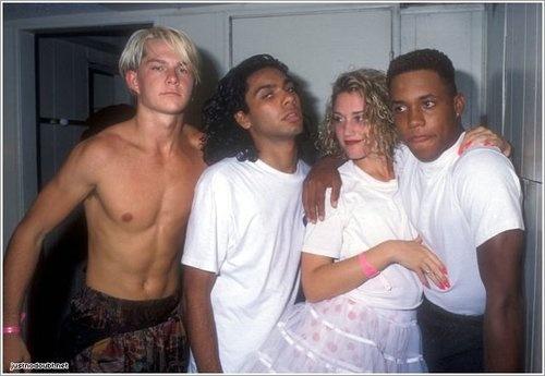 ND <3  Adrian Young, Tony Kanal, Gwen Stefani, John Spence