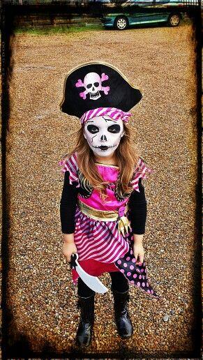 Skeleton pirate girl fancy dress & face paint