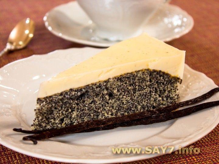 Пирог с маком и сметанно-ванильным кремом. Очень вкусный. Мака брала 150 грамм, замочила в молоке и немного покипятила.