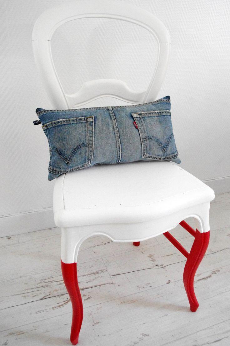 Coussin cale reins en jean clair et lin mauve : Textiles et tapis par abracadabroc