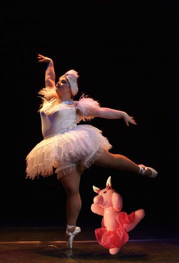 Ballet Pig. After all, ballet is for everyone.  Cloth doll made by PouPée-Pe