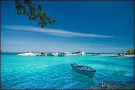 WISATA PULAU PUTRI - Tempat Wisata Pulau mau Haney Moon or holiday whit family ini sangat cocok nieee