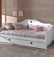 Un lit banquette gigogne pour une chambre d'enfant, La Redoute Intérieurs - Marie Claire Maison