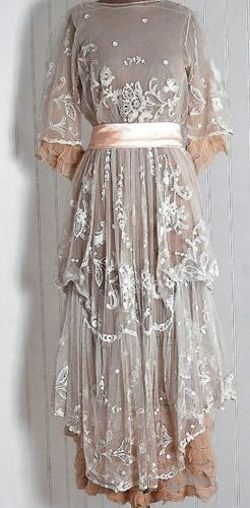 Multi-tiered, lace layered day gown 1910's