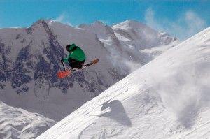 Treski vous amène confortablement jusqu'à vos stations de ski favorites en Autriche. Prêt à chausser vos skis ? Jodelaheediejodelaheedioe ! Réservez vos billets de train Treski >