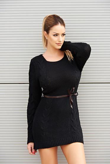 Rochie Proper Sensation Black - Daca iti place sa porti haine care sa fie atat confortabile dar care sa te puna in valoare, atunci alege aceasta rochita prevazuta cu cordon si disponibila in mai multe variante de culori. Colectia Rochii casual de la  www.rochii-ieftine.net