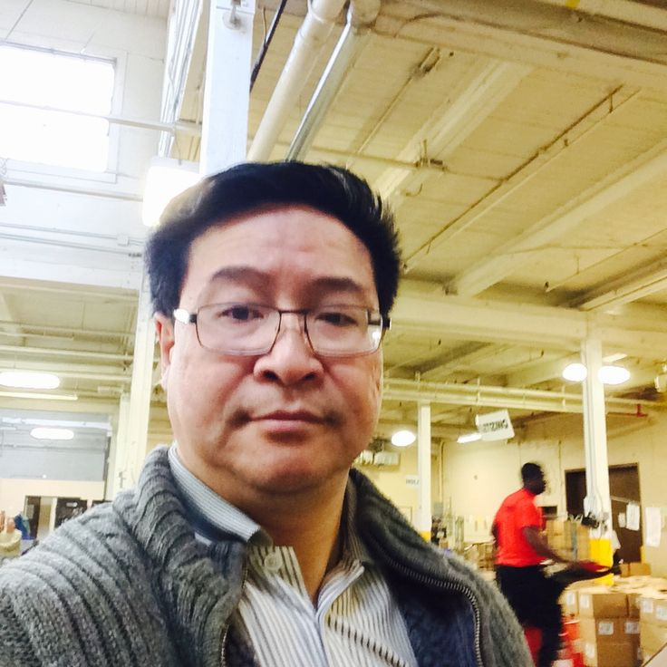 Volunteering at Toronto Daily Bread Foodbank Christmas 2014