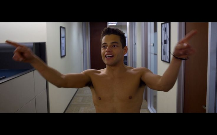 Theo Rossi Nude | Rami Malek Naked in Need For Rate