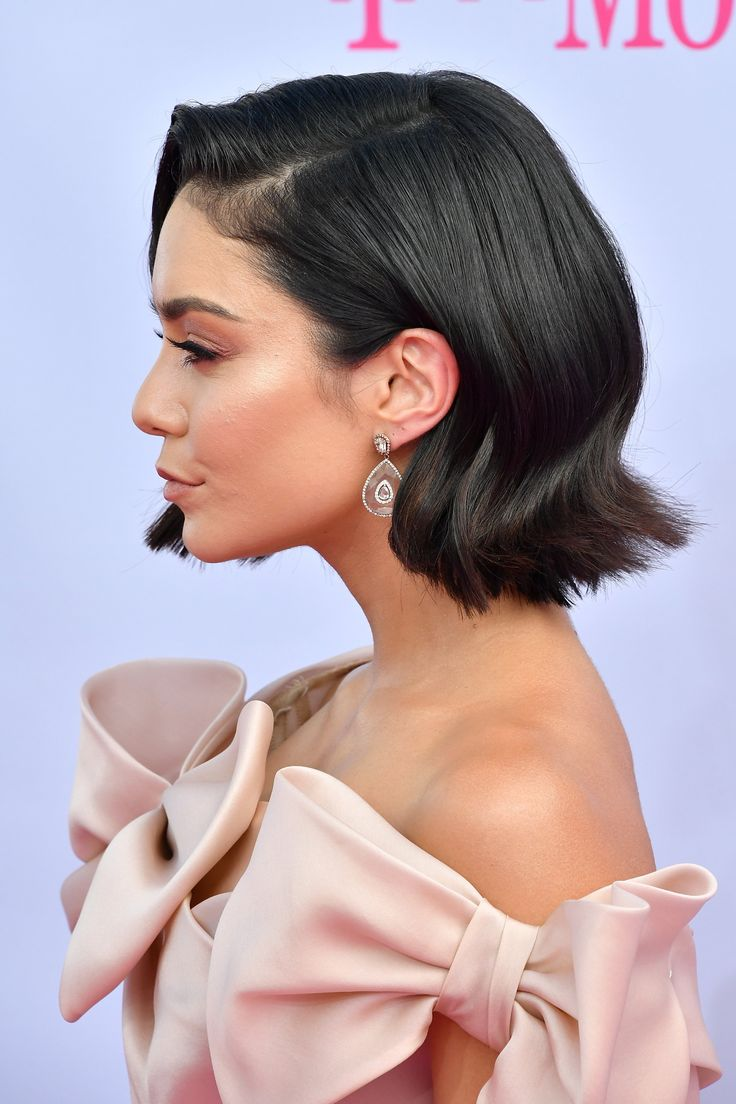 Vanessa Hudgens Shows Off Her Sexy Short Haircut at the Billboard Awards