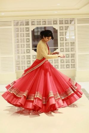 Salwar Kameez Designs: Stylish designer Salwar Suit Designs | Pakifashion