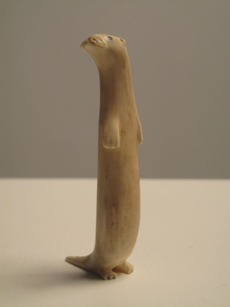 Carved Inuit Otter