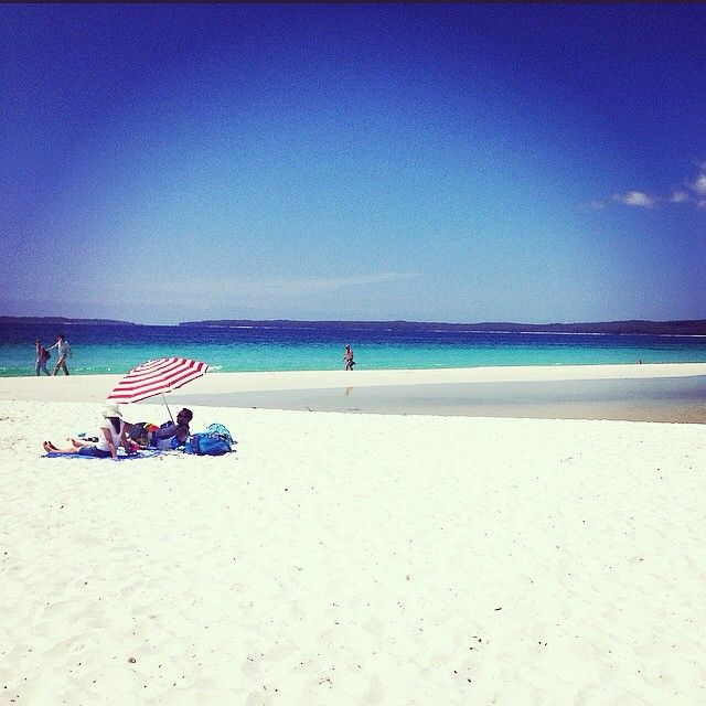 // a u s t r a l i a //   Check out the world's whitest sand at Hyams beach in Jervis Bay.   Trip booked with ultimate.travel  Photo taken by @hollyvwalker on Instagram