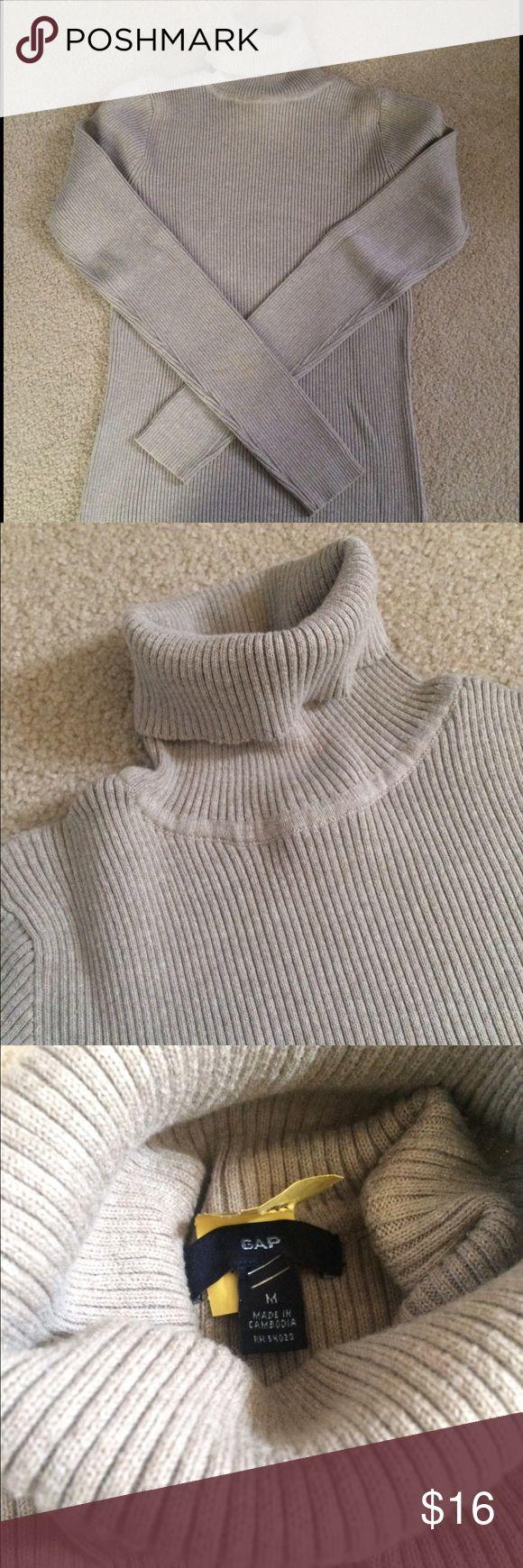 Women's turtleneck sweater Gap Gap women's turtleneck sweater tan color dry cleaned in excellent condition GAP Sweaters Cowl & Turtlenecks