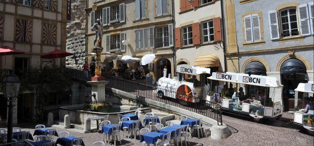 """L'office du tourisme de Neuchâtel est le meilleur de Suisse, selon les magazines """"Bon à savoir"""" et """"Saldo"""" - Canton de Neuchâtel - Actualité..."""
