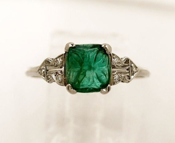 Art Deco | Great Gatsby inspired engagement ring | emerald and diamonds