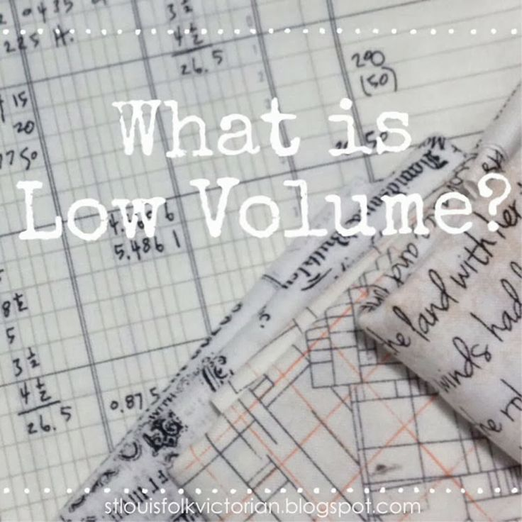 St. Louis Folk Victorian // What is Low Volume Fabric  || the geek just loves that these fabric designs exist!! (low volume fabric = patterned subtle fabric)