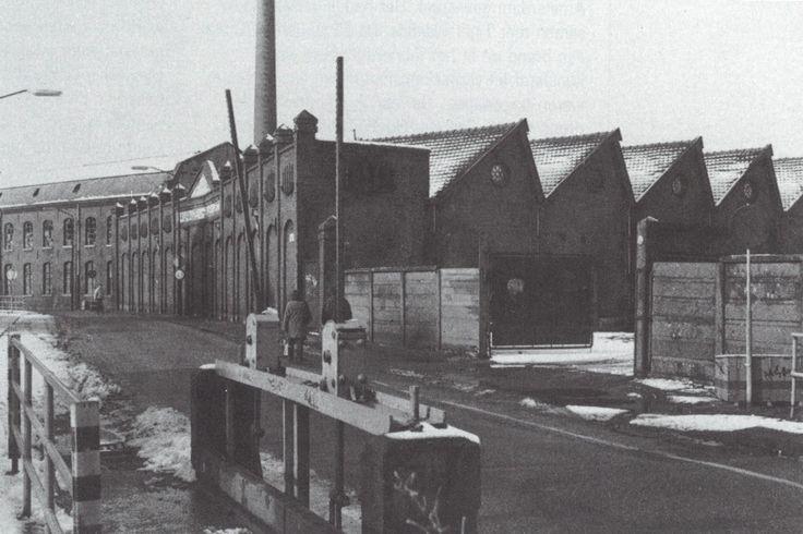 Fabriek A. van den Heuvel.