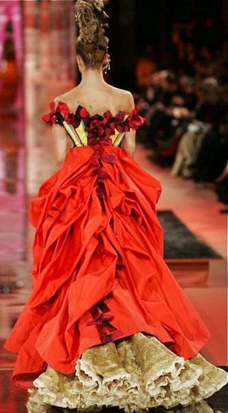 ♥ Romance of the Maiden ♥ couture gowns worthy of a fairytale - Christian Lacroix haute couture