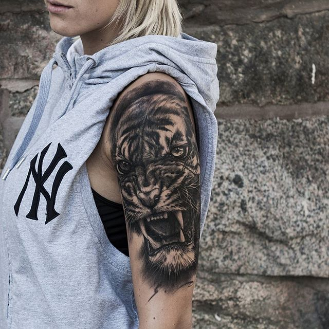 21 Best Forearm Wolf Tattoo Designs Images On Pinterest
