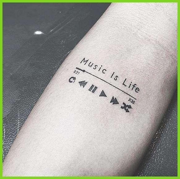 Männer musik motive tattoos Gitarren Tattoos