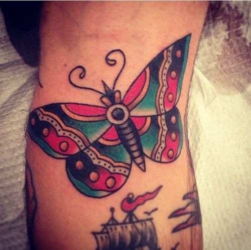 best 20 traditional butterfly tattoo ideas on pinterest. Black Bedroom Furniture Sets. Home Design Ideas