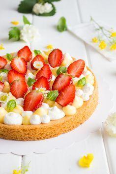 Tarte aux fraises, crème citron-basilic & chantilly