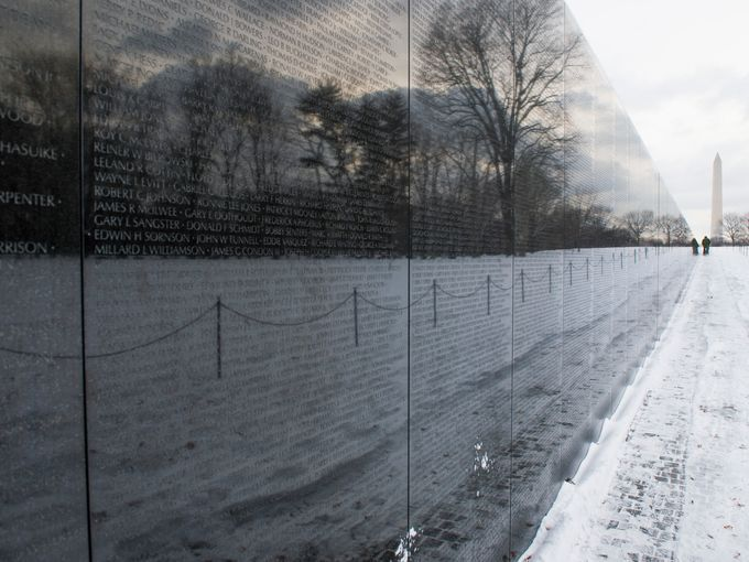 2. Vietnam Veterans Memorial, Washington, D.C. - 5,597,077