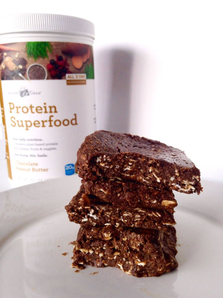 No Bake Chocolate Peanut Butter Bars + Amazing Grass Protein Superfood Giveaway! Ends 7/11 - Sinful Nutrition