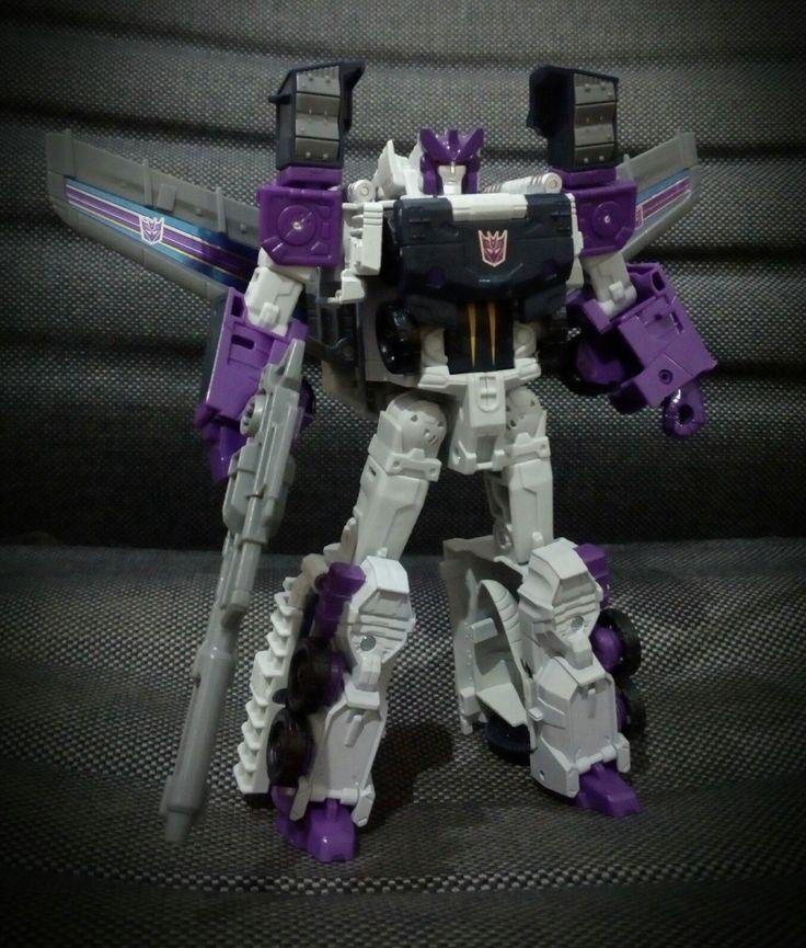 #titansreturn #octone #tankor #transformers #hasbro  Bot mode.