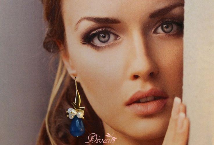 Pendiente con lágrima de jade y paloma chapada  de Divain por DaWanda.com