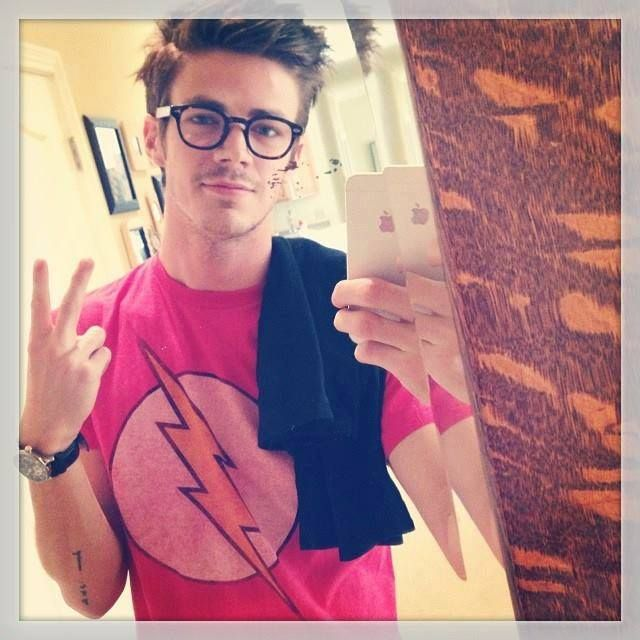 Grant Gustin in a Flash T-shirt... The same one that I am wearing right now... Score!!!