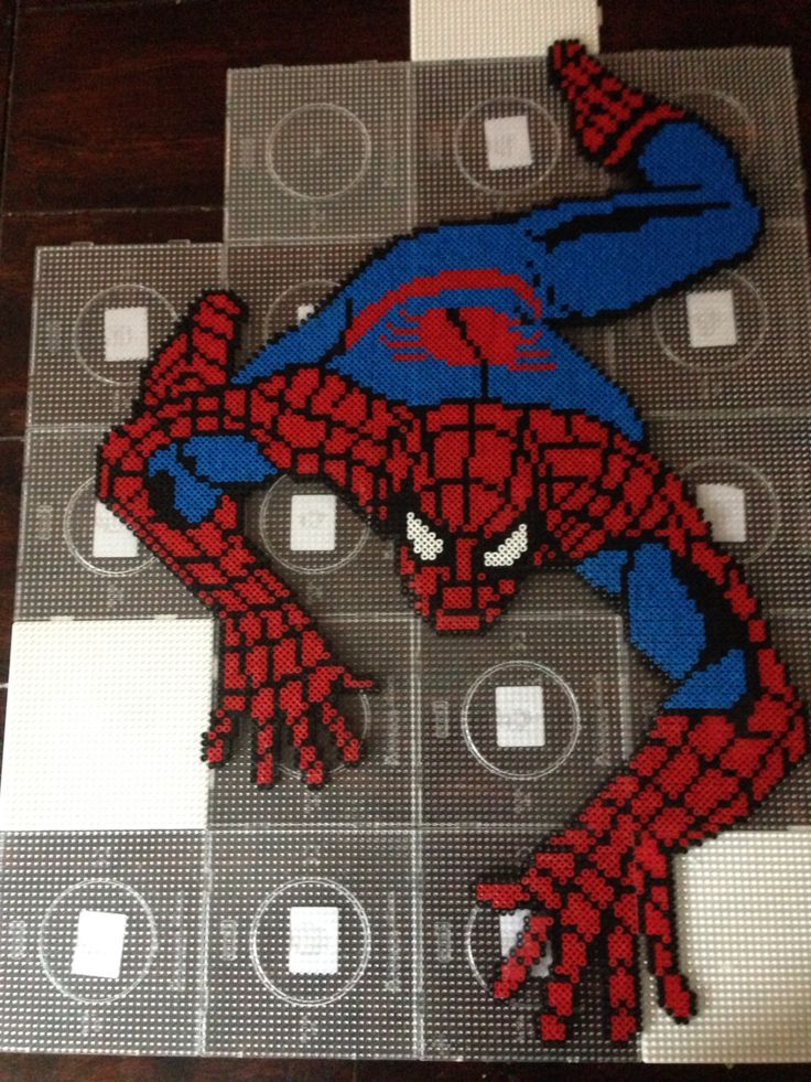 Spiderman hama perler bead art by Dorte Marker