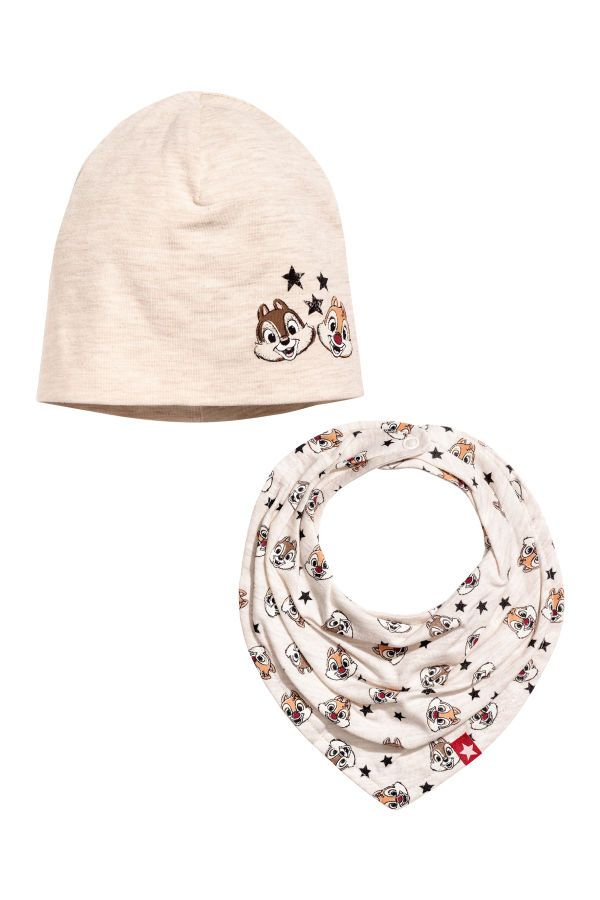 Check this out! Set with a hat and triangular scarf in soft 03122ff80da